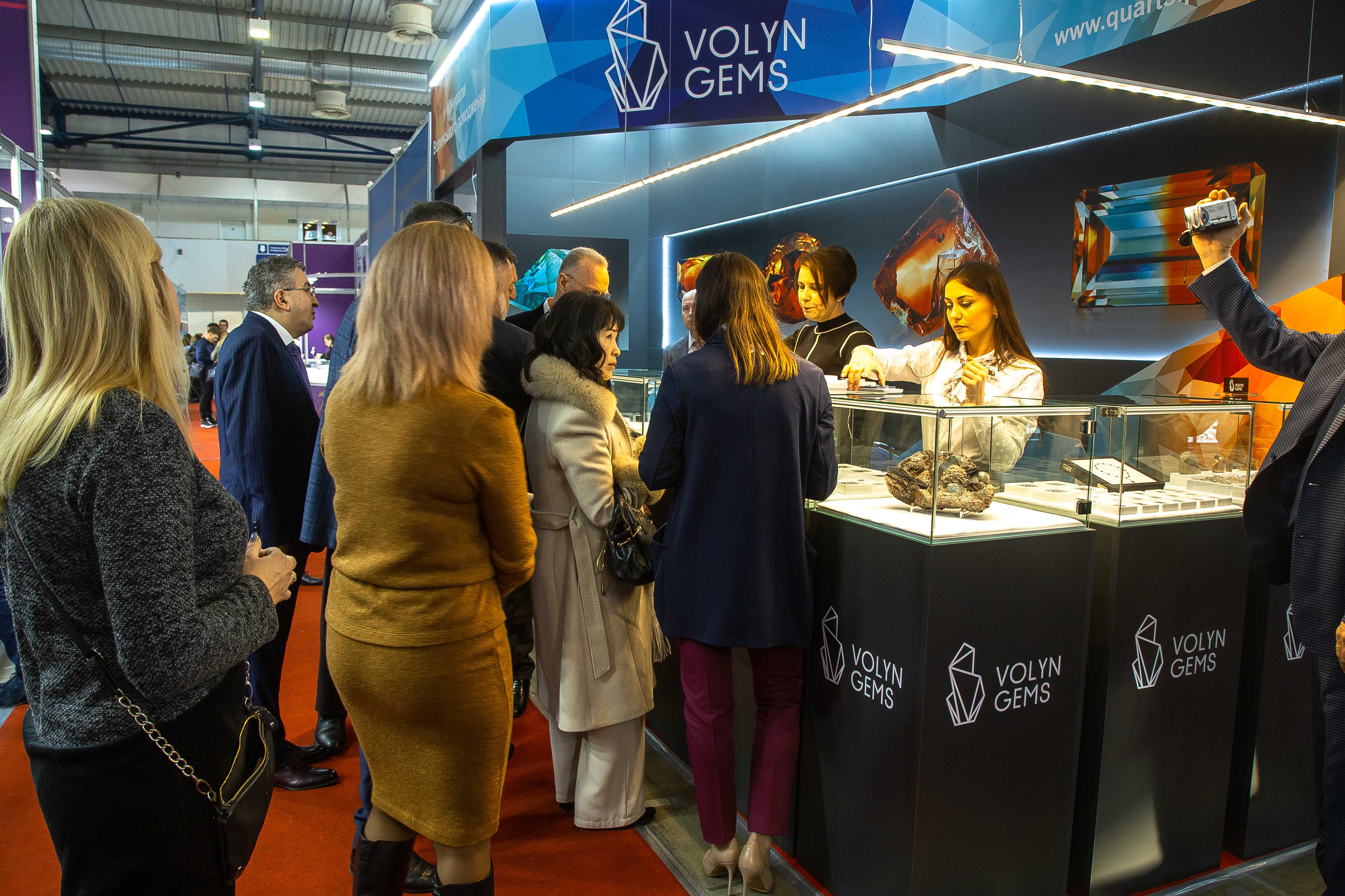 Volyn Gems presented its collection of the facetted stones at the exhibition «Jeweler Expo Ukraine 2018»